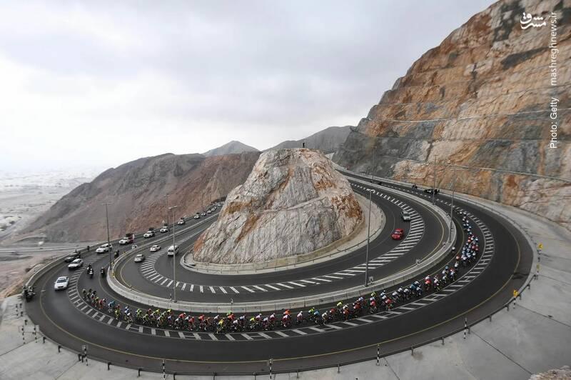 تور دوچرخهسواری در تپههای سنگی عمان