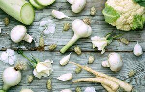 میوه و سبزیجات نمایه سبزی سفید رنگ