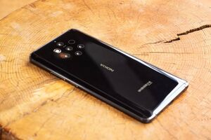 رونمایی از نوکیا ۹ با ۵ دوربین در پشت گوشی +عکس