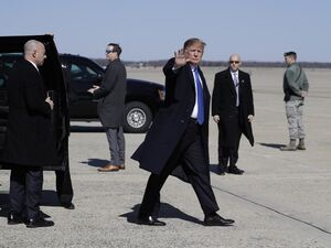 عکس/ ترامپ عازم ویتنام شد