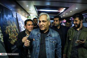 عکس/ مهران مدیری در مراسم ختم خشایار الوند