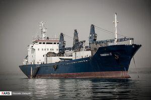 توضیح شیلات درباره کشتی متوقف شده در هرمزگان