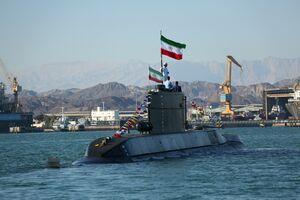 رژه زیردریایی فاتح در خلیج فارس