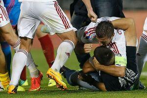 تبعید تیم فوتبالی بهخاطر کتک زدن داور!