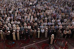 عکس/ حذف نرده میان مردم و مسئولان در نماز جمعه اهواز