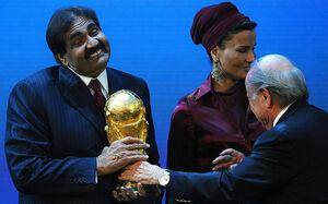 احتمال گرفتن میزبانی جام جهانی 2022 از قطر
