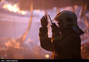 آتش سوزی در کارخانه تولید مواد شیمیایی و چسب -قزوین