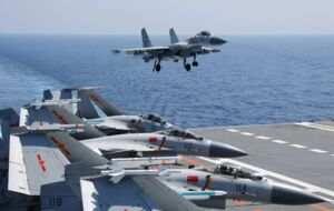 سقوط جنگنده چینی با دو کشته