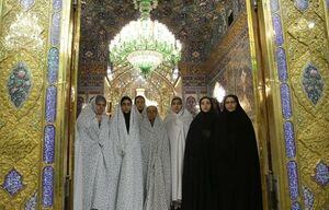 دختران شینآبادی به پابوس امام رضا (ع) رفتند