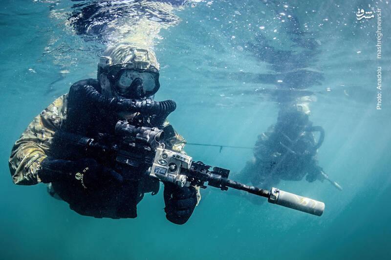 تمرینات واحد عملیات ویژه نیروی دریایی ترکیه