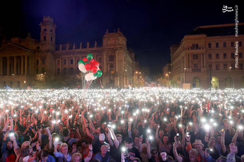تجمع اعتراضآمیز علیه دولت ویکتور اوربان در بوداپست، پایتخت مجارستان