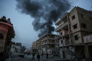 عکس/ بمباران مواضع تحریرالشام توسط ارتش سوریه و روسیه