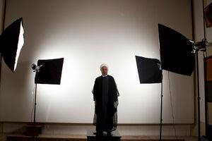 روحانی ۹۲ : هم سانتریفیوژ باید بچرخد، هم چرخ زندگی مردم/ خاتمی: برای بهبود اقتصاد و ایجاد امید، به روحانی رأی بدهید +فیلم