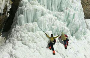 عکس/ آبشاری یخزده در تهران!