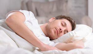 خواب در این ساعت شما را «سکته» میدهد