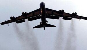 پدافند روسیه بمب افکن آمریکایی را فراری داد