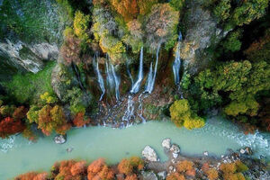 عکس/ نمایی دیدنی از آبشار بیشه لرستان
