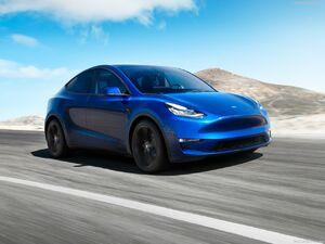 عکس/ رونمایی از خودروی جدید تِسلا