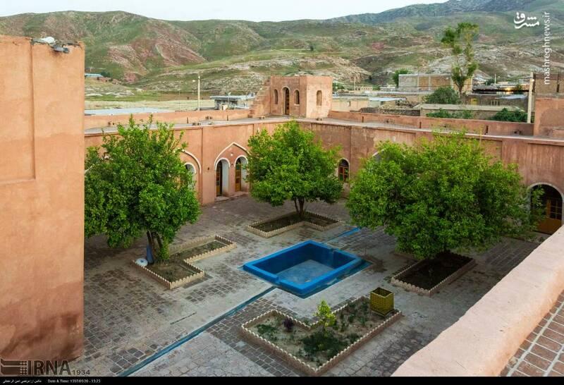 این قلعه متعلق به اواخر دوره ی قاجاریه بوده است و در شهرستان دره شهر روستای هاشم آباد قرار گرفته است.