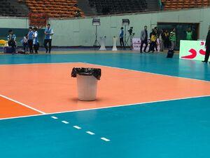 سطل آشغال در فینال لیگ برتر والیبال! +عکس