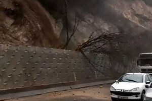 فیلم/ رانش زمین در سوادکوه مازندران