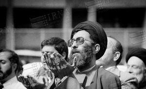 اولین تجربه بازداشت حضرت آیتالله خامنهای