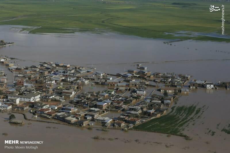 اکنون نیمه شمالی آق قلا و حدود ۱۰ روستای این شهرستان را ۱۰ تا ۵۰ سانتی متر آب فرا گرفته و رفت آمد در این مناطق تنها با قایق امکانپذیر است.