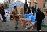 عکس/ جمع آوری کمکهای مردم ارومیه برای سیلزدگان
