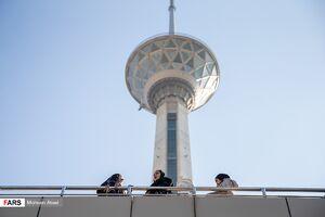 امضاکننده نامه به اوباما رئیس برج میلاد شد +عکس