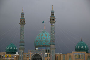 عکس/ نماز باشکوه عاشقان منتظر در جمکران