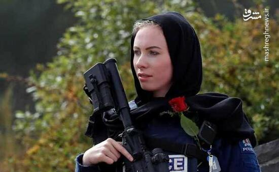 عکس/ احترام جالب پلیس زن نیوزیلندی به مسلمانان!