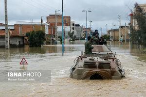 ورود نفربرهای آبی خاکی - دوزیست نیروی زمینی ارتش به مناطق سیل زده استان گلستان