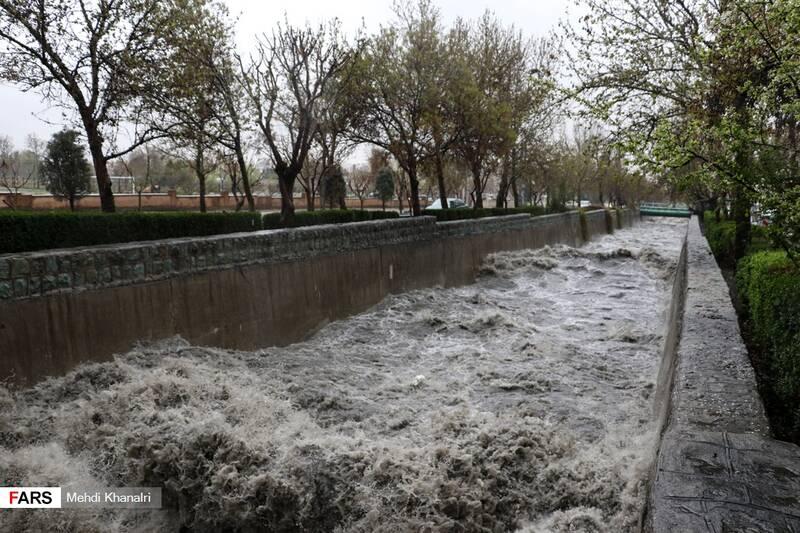 خروش سیلاب در تهران