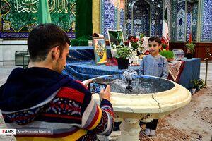 عکس/ بازدید مسافران نوروزی از حسینیه اعظم زنجان