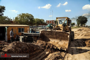 عکس/ ساخت سیل بند در اطراف رود کارون