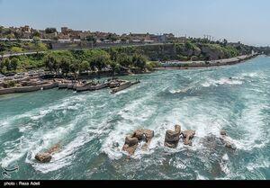 عکس/ مسافران نوروزی در آسیابهای آبی دزفول
