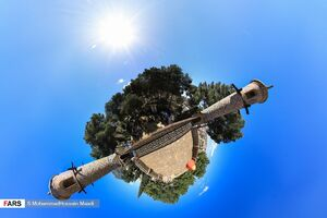 عکس/ منارجنبان بر مدار ۳۶۰ درجه