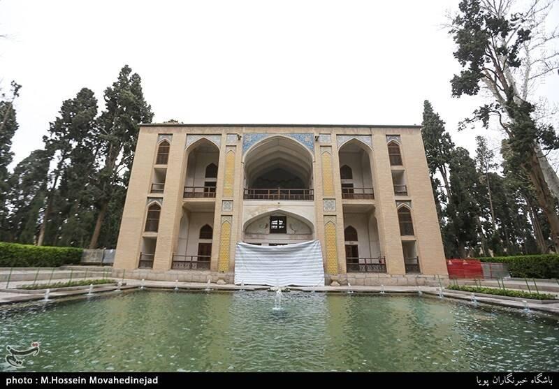 باغ فین یکی از مهمترین نمونه باغهای ایرانی است که همچنان زنده و پابرجاست.