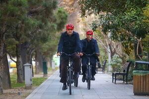 حجاریان: اعتراضها شدید میشود/ به خشم آمدن مرد دوچرخهسوار از «قالیباف»