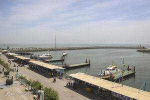 فیلم/ صف طولانی کشتیهای خارجی در بندر امام خمینی