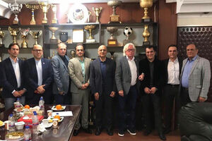 جای خالی ناصر و منصور در استقلال