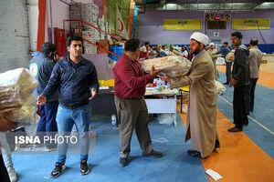 عکس/ بستهبندی اقلام اهدایی مردم به سیلزدهها