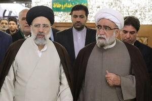 """عکس/ حضور بدون تشریفات""""حجتالاسلام مروی""""در نماز جمعه مشهد"""