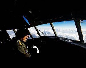 از سوریه تا خرم آباد با خلبان هواپیمای ارتش +عکس