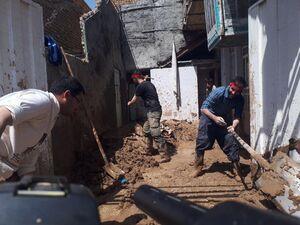 عکس/ فعالیت نیروهای جهادی در شهر پلدختر