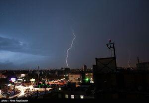 عکس/  رعد و برق در مشهد