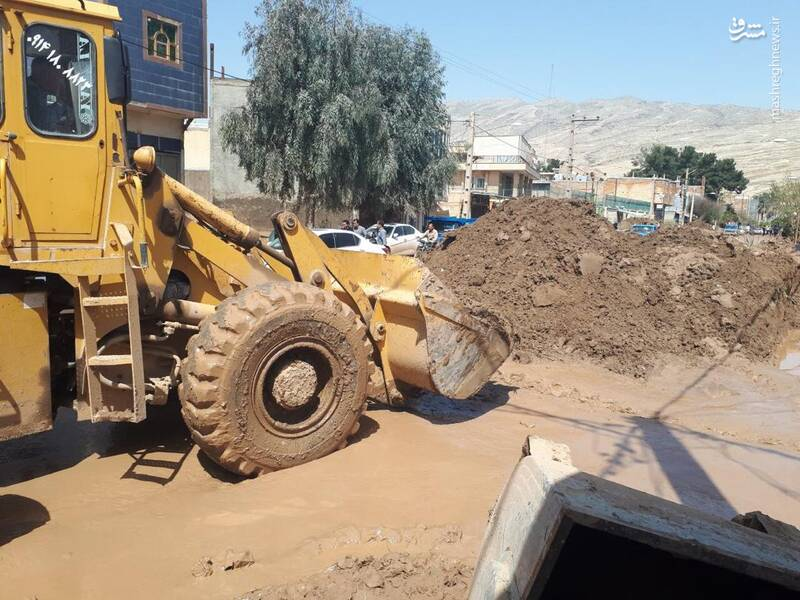 فعالیت نیروهای جهادی در شهر پلدختر