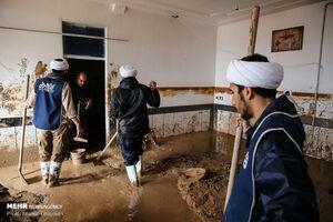 عکس/ حضور جهادی روحانیون در مناطق سیل زده