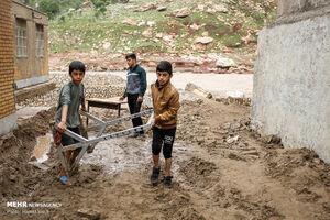 حمله کفتارها به سیلزدگان/ احتمال عمدی بودن عدم نظارت دولت بر قیمتها
