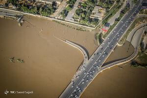 عکس/ ایستادگی اهواز در برابر سیلاب کارون
